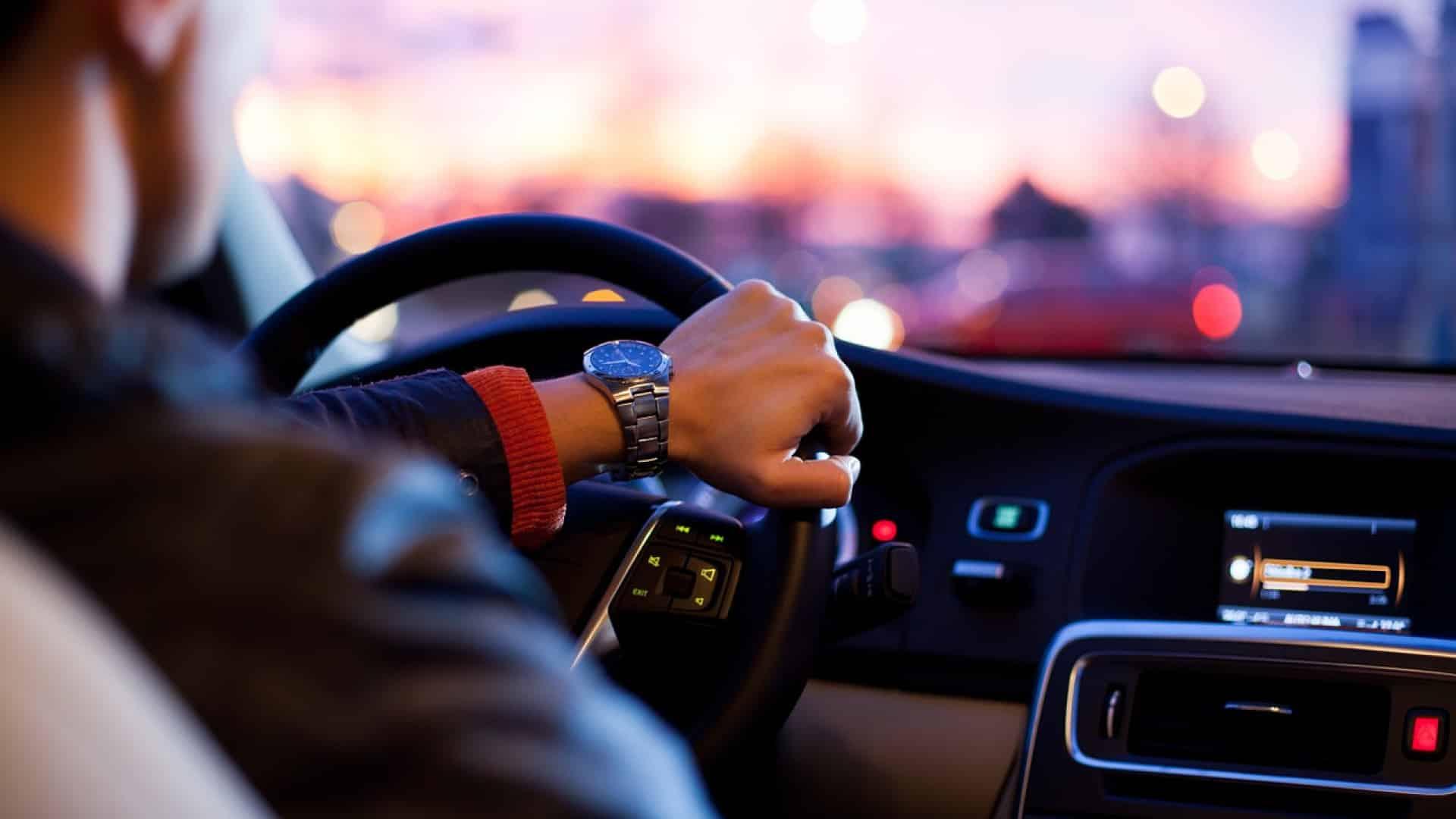 Comment louer un véhicule utilitaire avec chauffeur ?