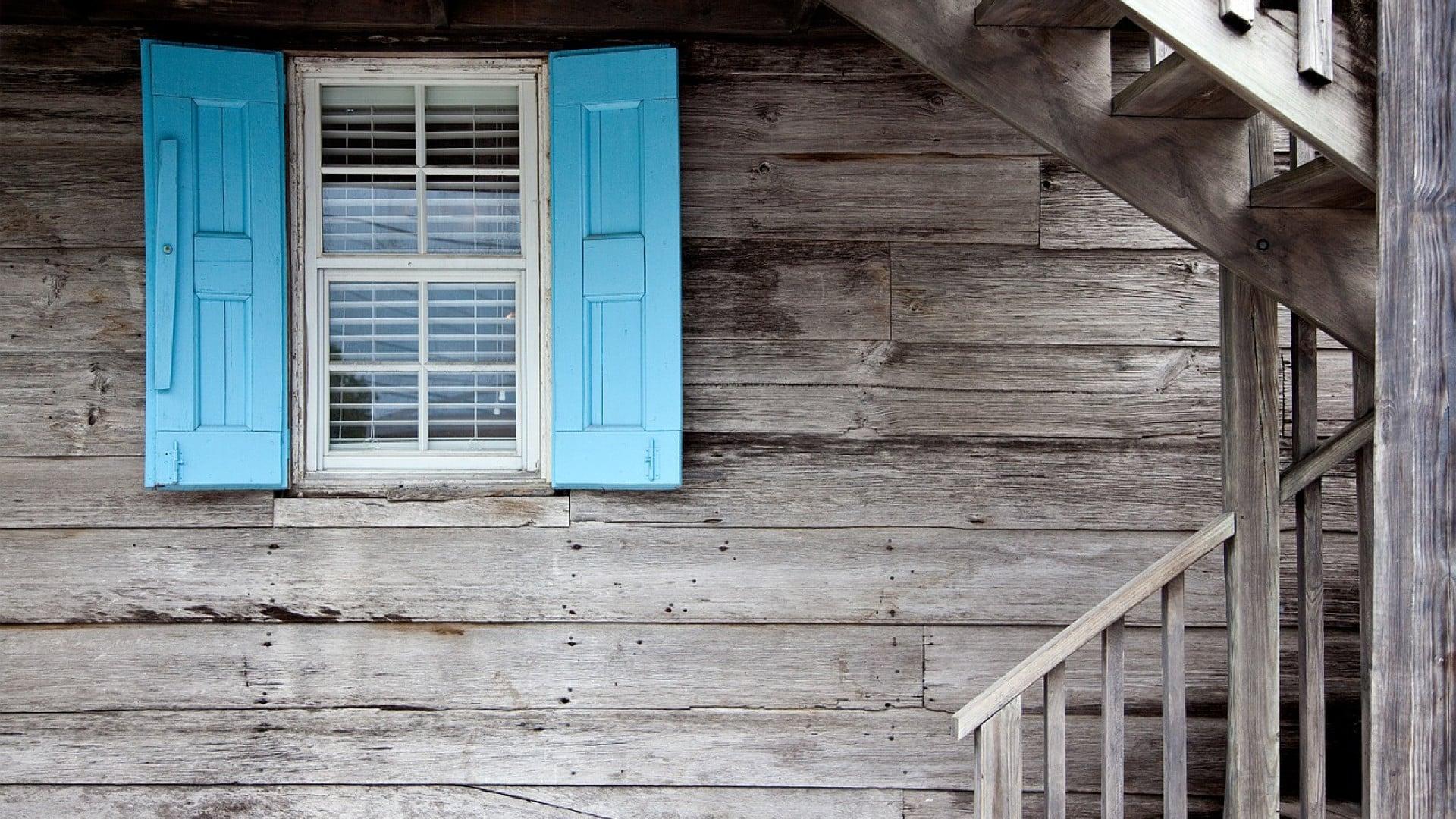 Deux astuces pour bien entretenir sa maison en bois.